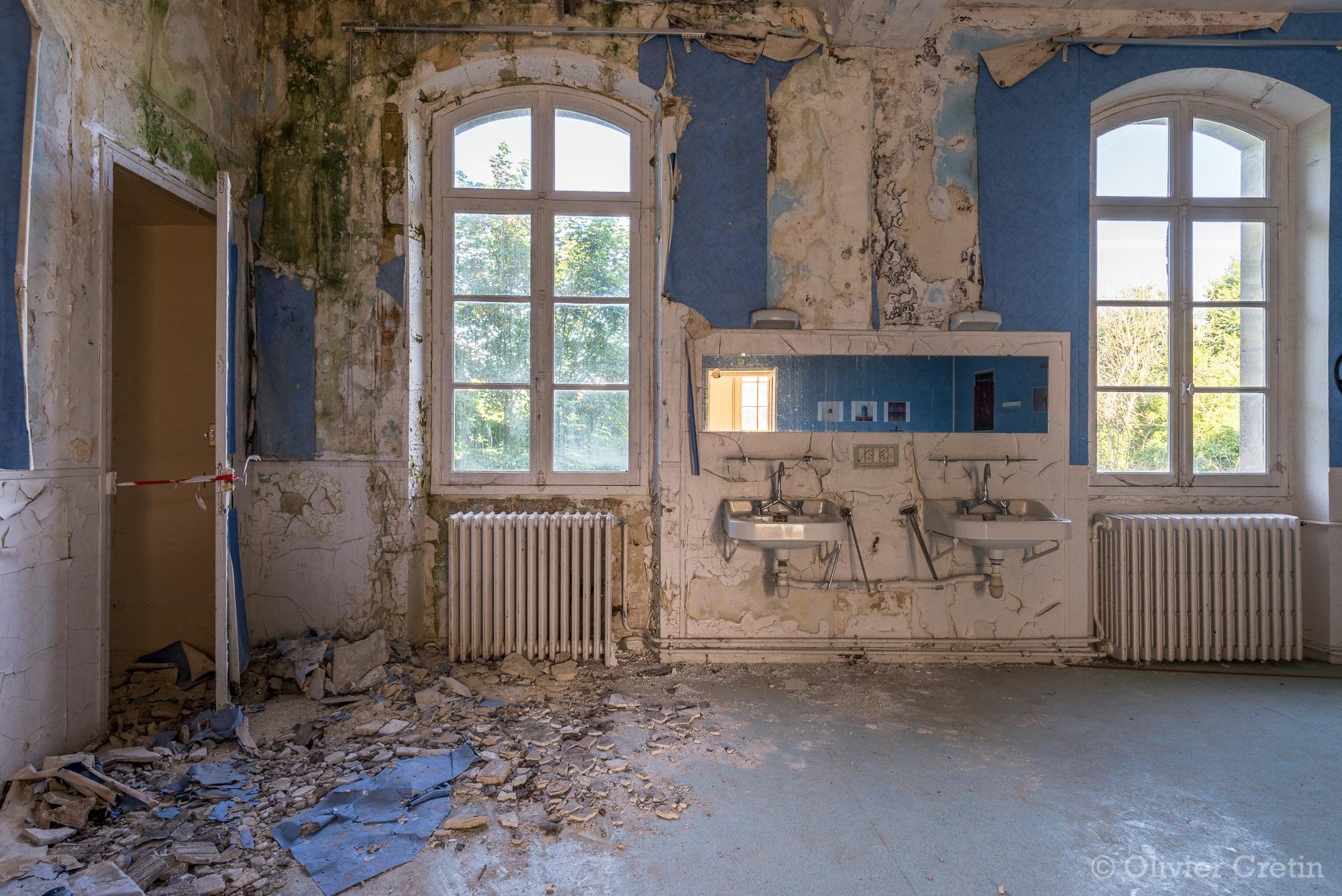 Lavabo archives olivier cretin - Salle de bain hopital ...