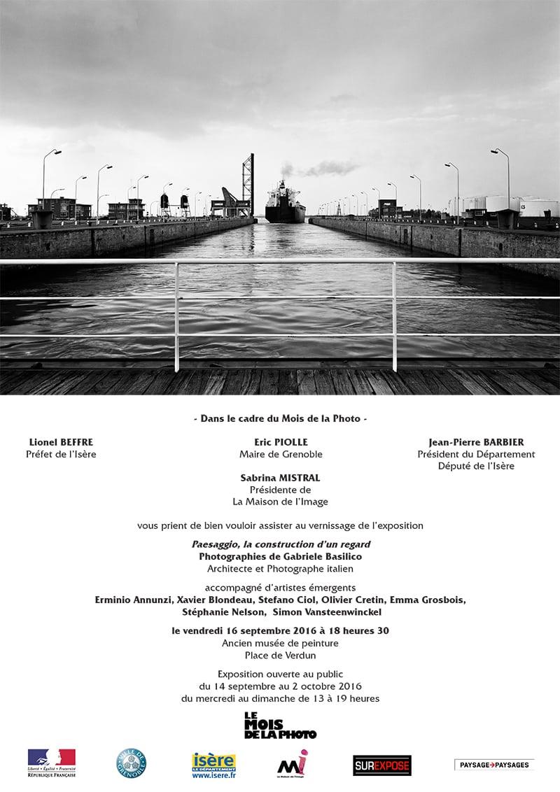 16 septembre 2016 Paesaggio la construction d'un regard.indd