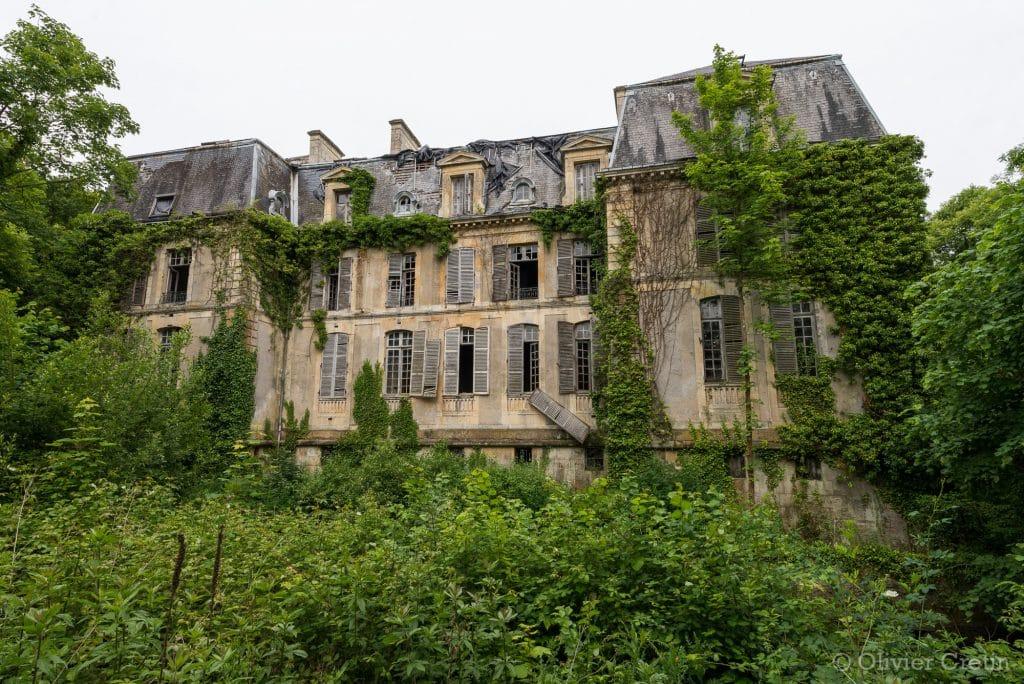 01_Chateau-de-lécrivain-On-a-prévu-de-repeindre-les-volets-cet-été__DSC2382-1024x684.jpg