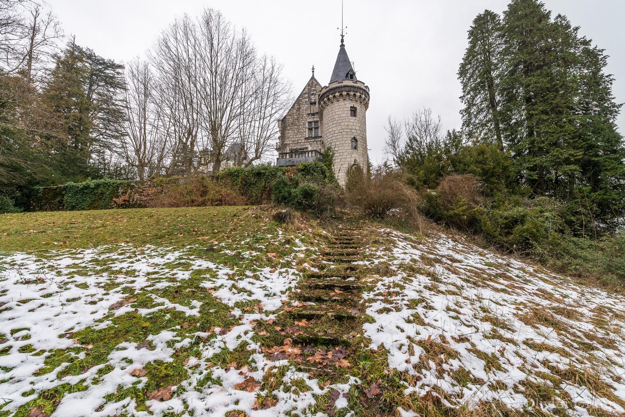 Chateau du chevalier - Un regard par dessus l'épaule en partant... Snif
