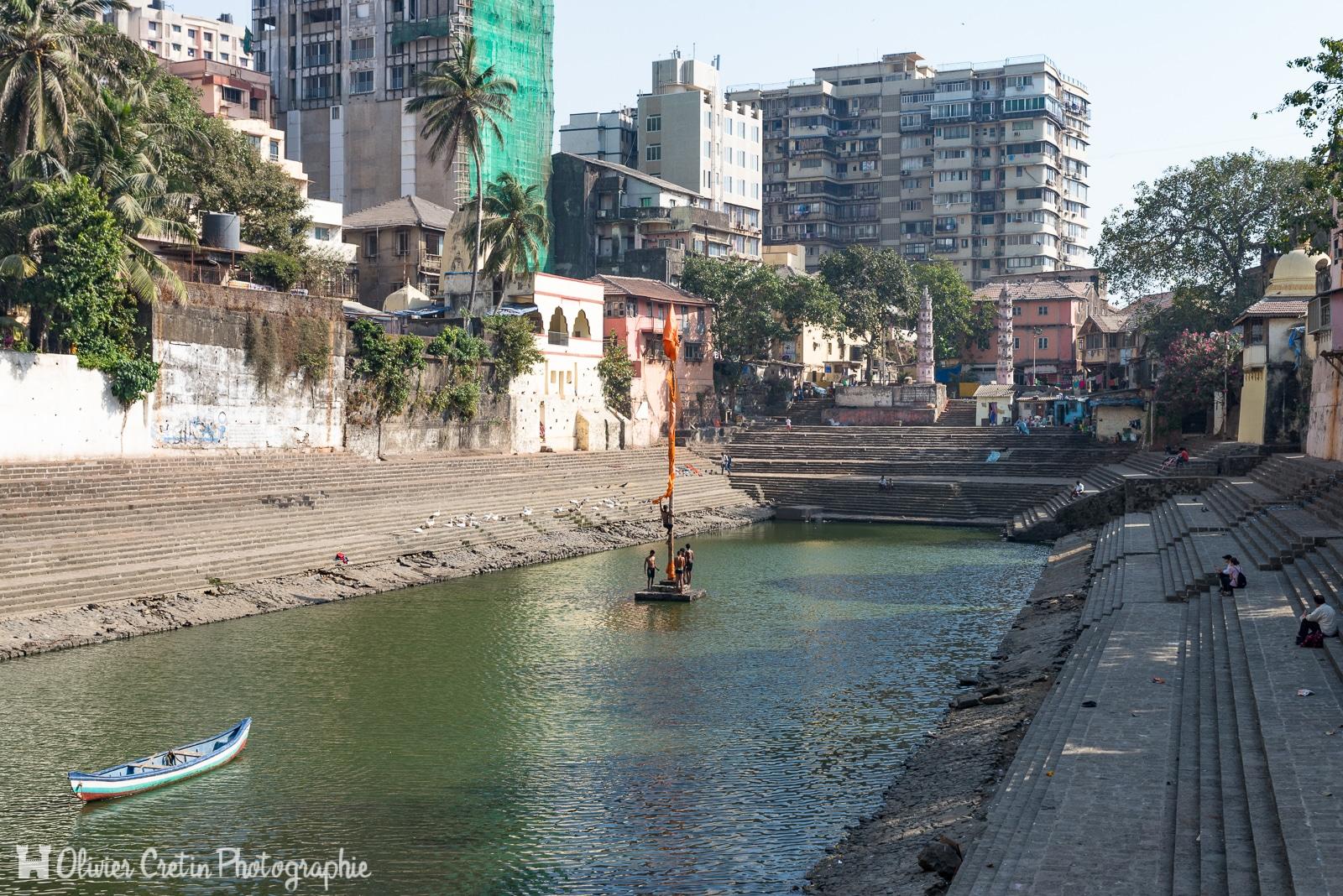 Inde - Mumbai - Capture du drapeau (Banganga Tank)