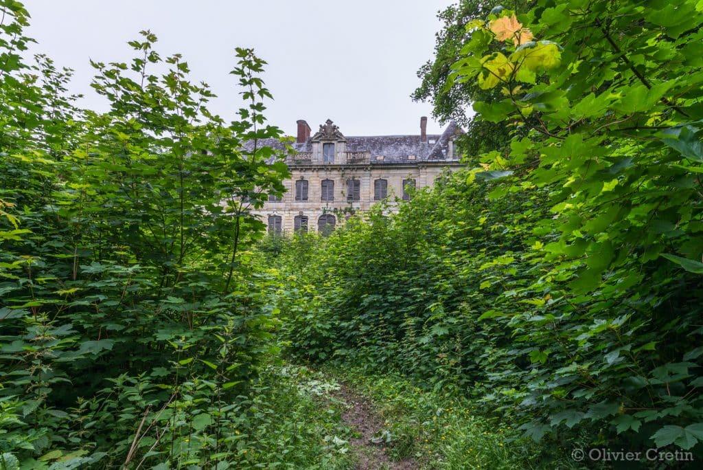 Chateau sécession - accès par le parc