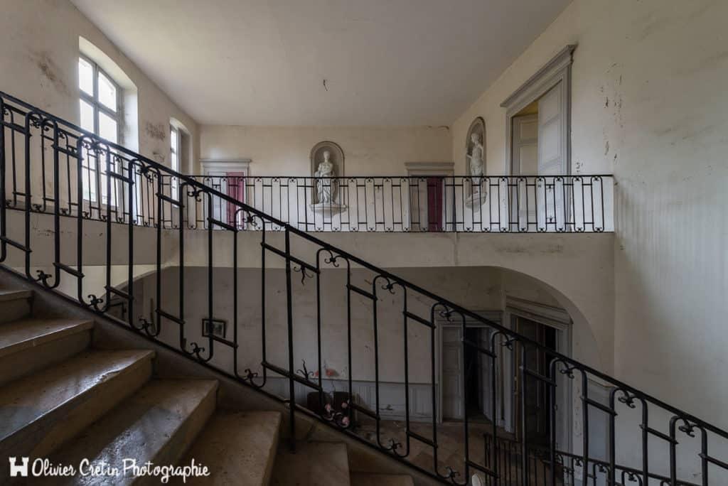 03_Chateau-du-joueur-de-flute-Cage-descalier__DSC5376-1024x684.jpg