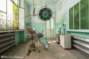 L'Hôpital psychiatrique du Docteur Maboul (Manicomio di R)